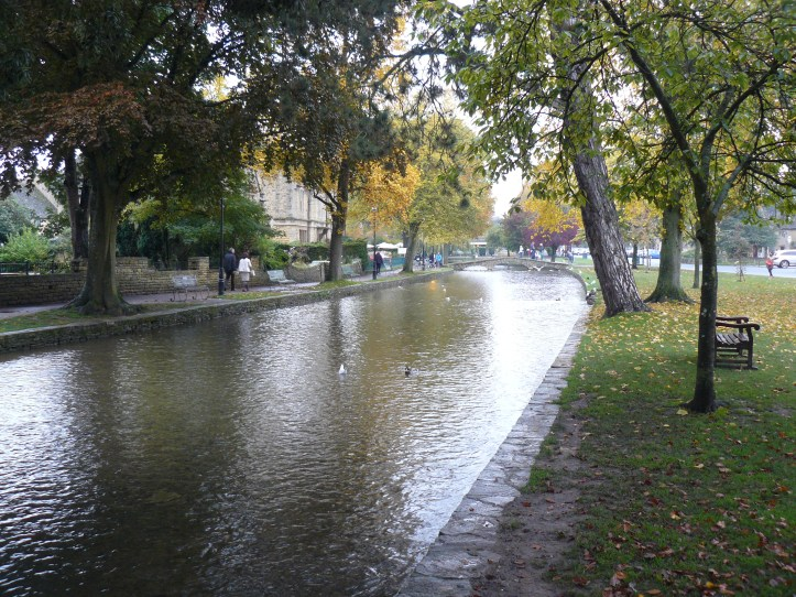 Cotswolds with kids toddler babies bourton on the water review