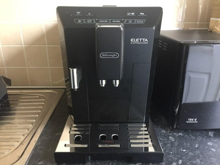 Delongi Bean Cup Espresso Cappuccin -Machine for black friday