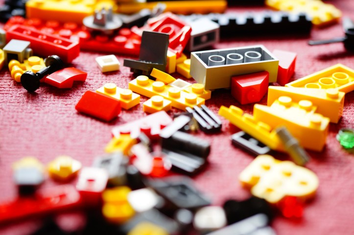 lego and how to keep home tidy