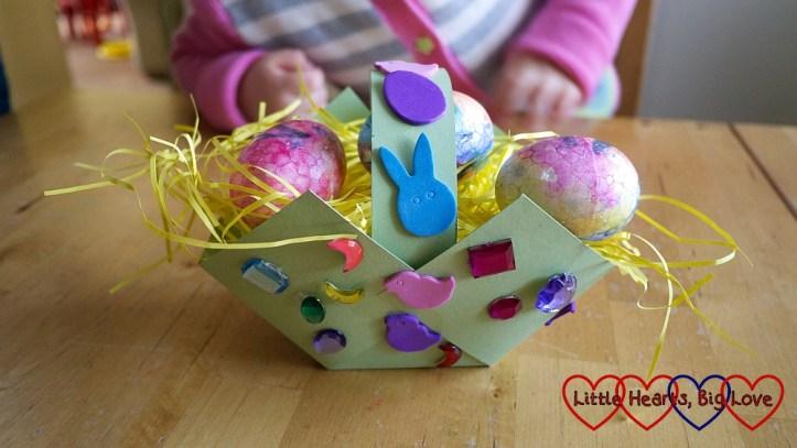 spring easter craft ideas for kids easter basket using paper