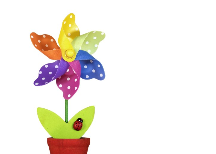 non chocolate gift ideas this easter for children kids non candy flowers