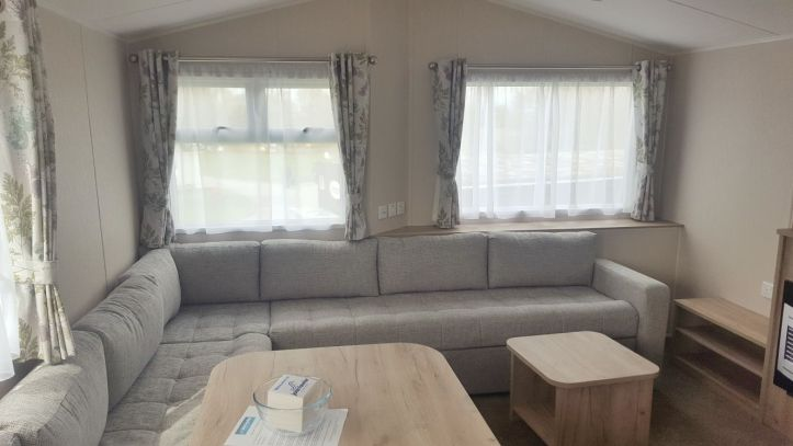 john fowler trelawne manor in Looe Cornwall review of caravan mobile home lounge area