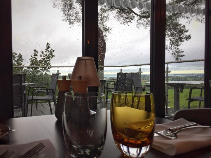 BE Wild den building kits - Beyond escapes luxury lodges in Devon restaurant