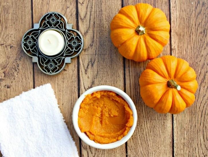 Pumpkin face mash ideas for Halloween and skincare