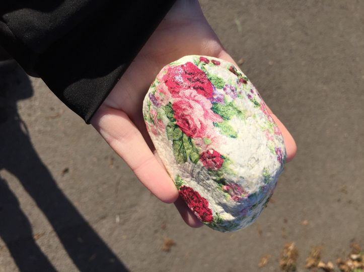 rock painting hiding and finding in weston super mare