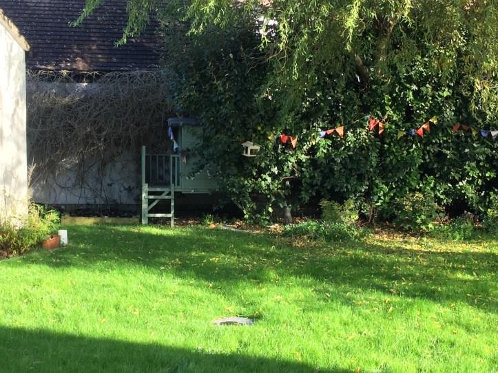 den in garden