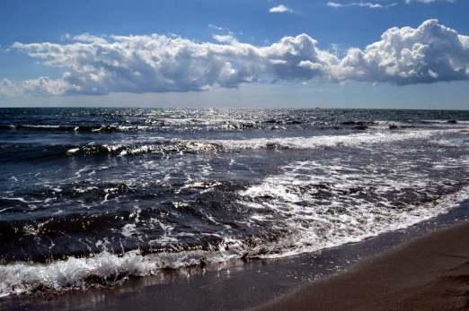 Velika Plaža or Big Beach near Ulcinj, Montenegro - meanderbug