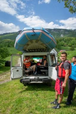 kljajevica-Orchard-rafting-group-transport