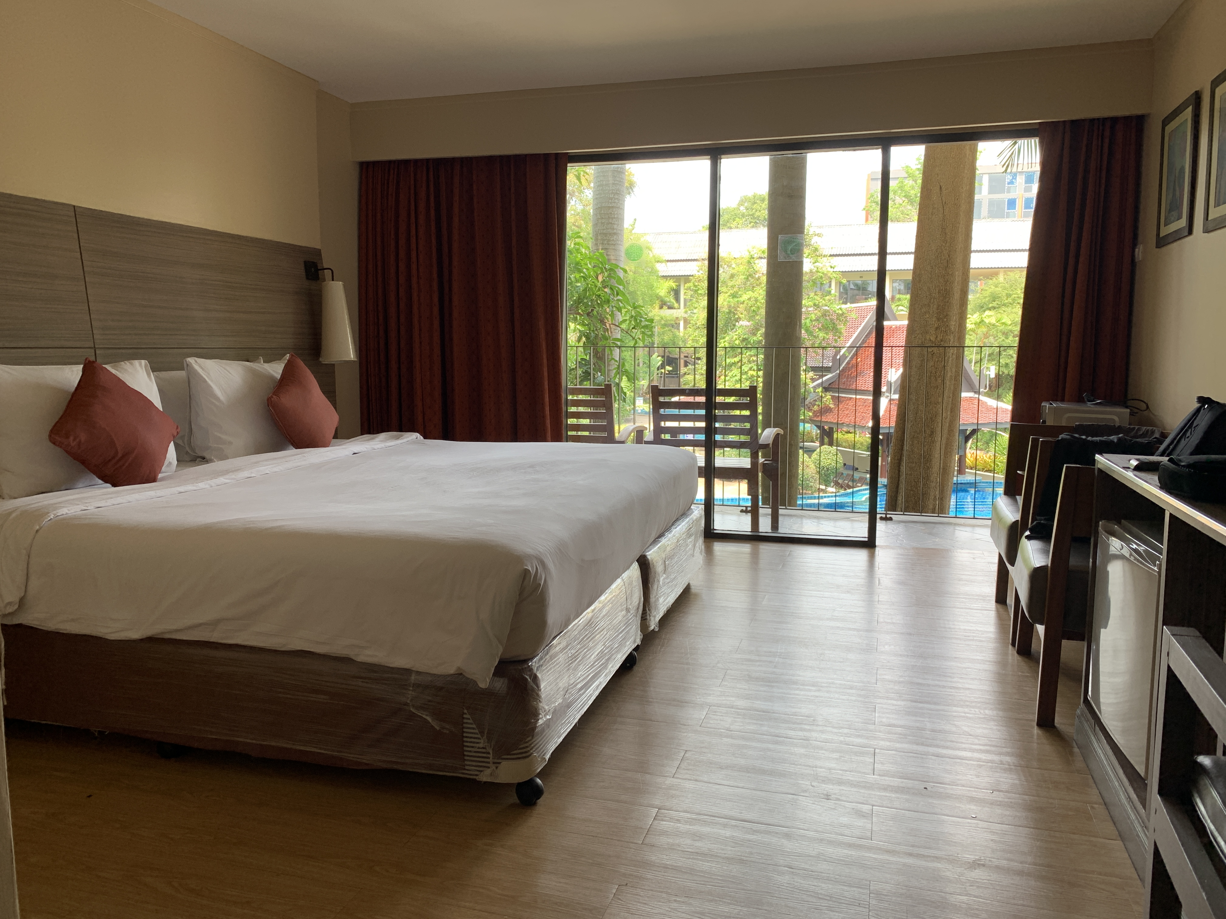 Thoughts on my ALQ quarantine stay at The Green Park Resort in Pattaya Thailand