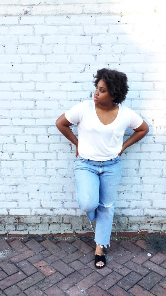 white-tee-jeans