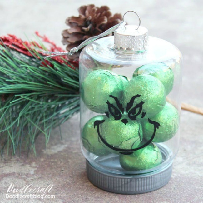 Make a Grinch ornament with cricut vinyl dollar store craft diy christmas crafts (11)-min