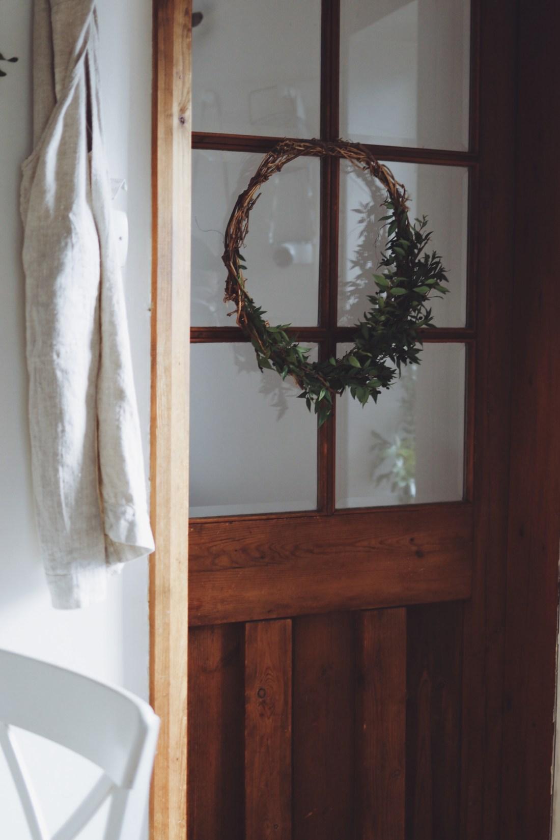 simple DIY wreath