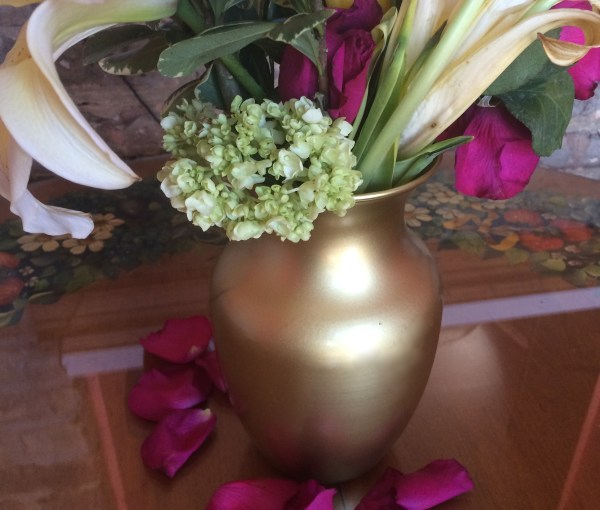 From Drab to Fab: DIY Gold Vase