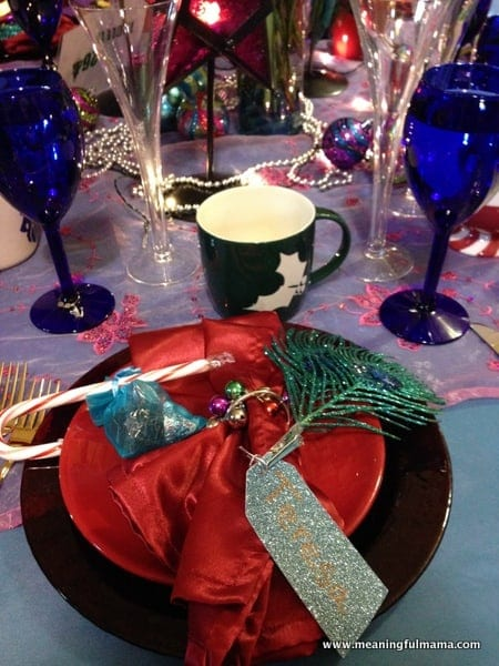 1-#christmas #table #decorations #decorating ideas #diningroom-022