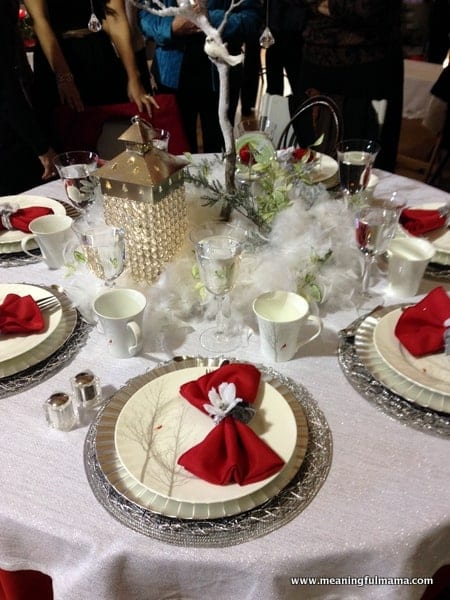 1-#christmas #table #decorations #decorating ideas #diningroom