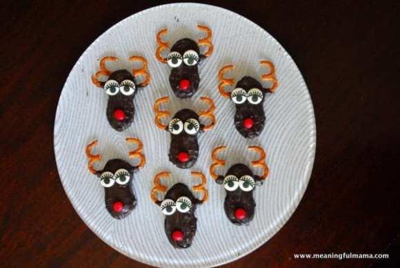 1-#nutter butter #Christmas #treats #snacks #cookies #reindeer-011