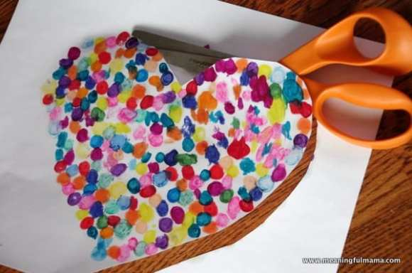 1-#valentinescraft melted crayon dot heart-023