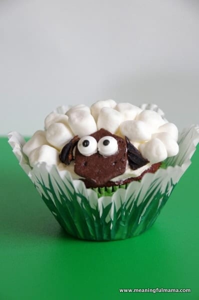 1-#lamb #sheep cupcake decorating marshmallows Feb 6, 2014 1-059