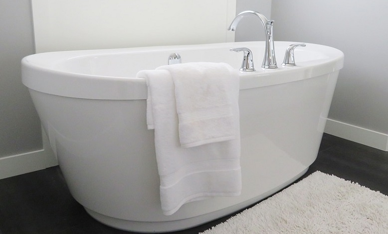 Bathtub Dream Meaning And Symbolism