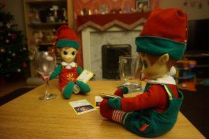 07d40370fe8e9 Portable North Pole - Do Good Elf - Me