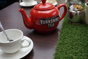 Yorkshire Picnic at Doubletree by Hilton, York #yorkshirepicnic #afternoontea #yorkshireafternoontea #york #doubletreebyhilton #hilton #york #yorkshire #afternoonteayork #familyfriendlyyork #familyfriendlyafternoontea #yorkshiretea #propertea #properbrew