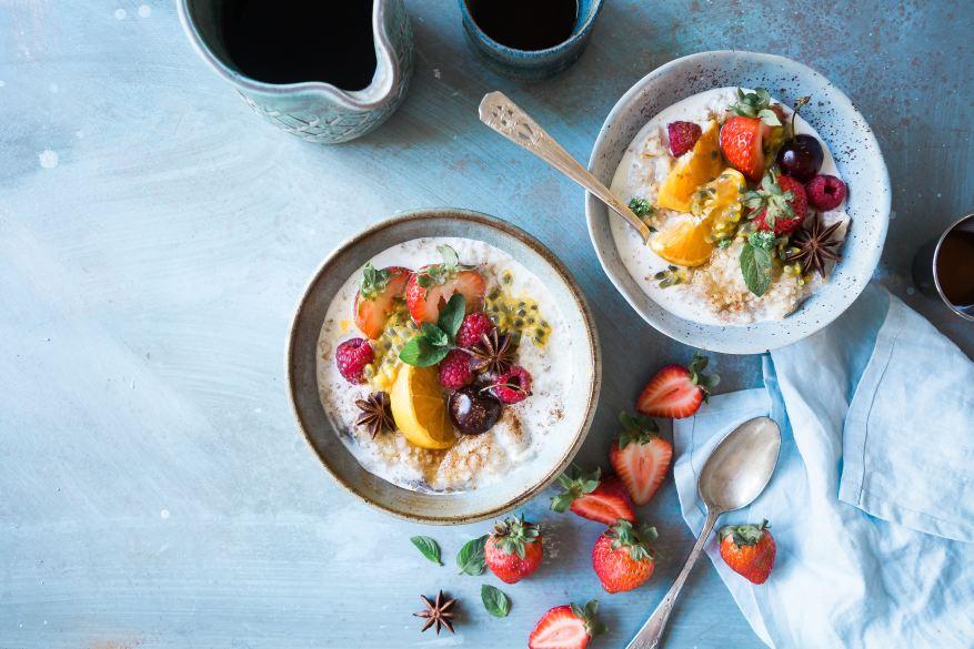 porridge with fruit