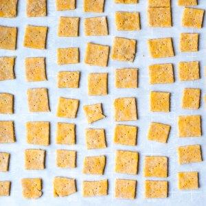 crackers cut