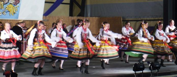 """Ansamblul folcloric """"ZIEMIA CESZYŃŃSKA""""- Cieszyn, Polonia"""