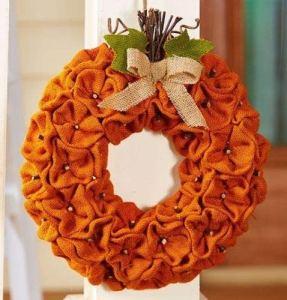 burlap-pumpkin-wreath
