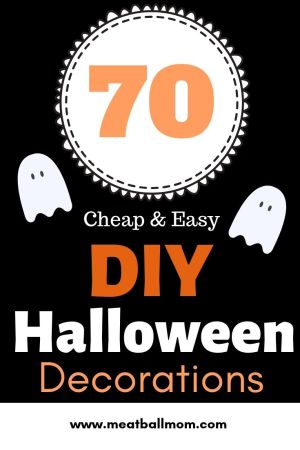 Cheap and Easy DIY Indoor/Outdoor Halloween Decorations #diyhalloweendecorations, #halloweendecor, #halloween, #halloweendecorations, #indoorhalloweendecorations #outdoorhalloweendecorations, #halloweendecorationideas #halloweenideas