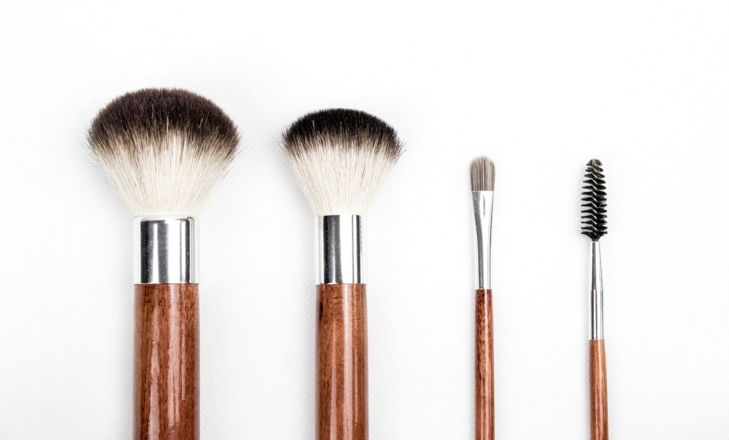 makeup-brushes-side-by-side-with-white-background