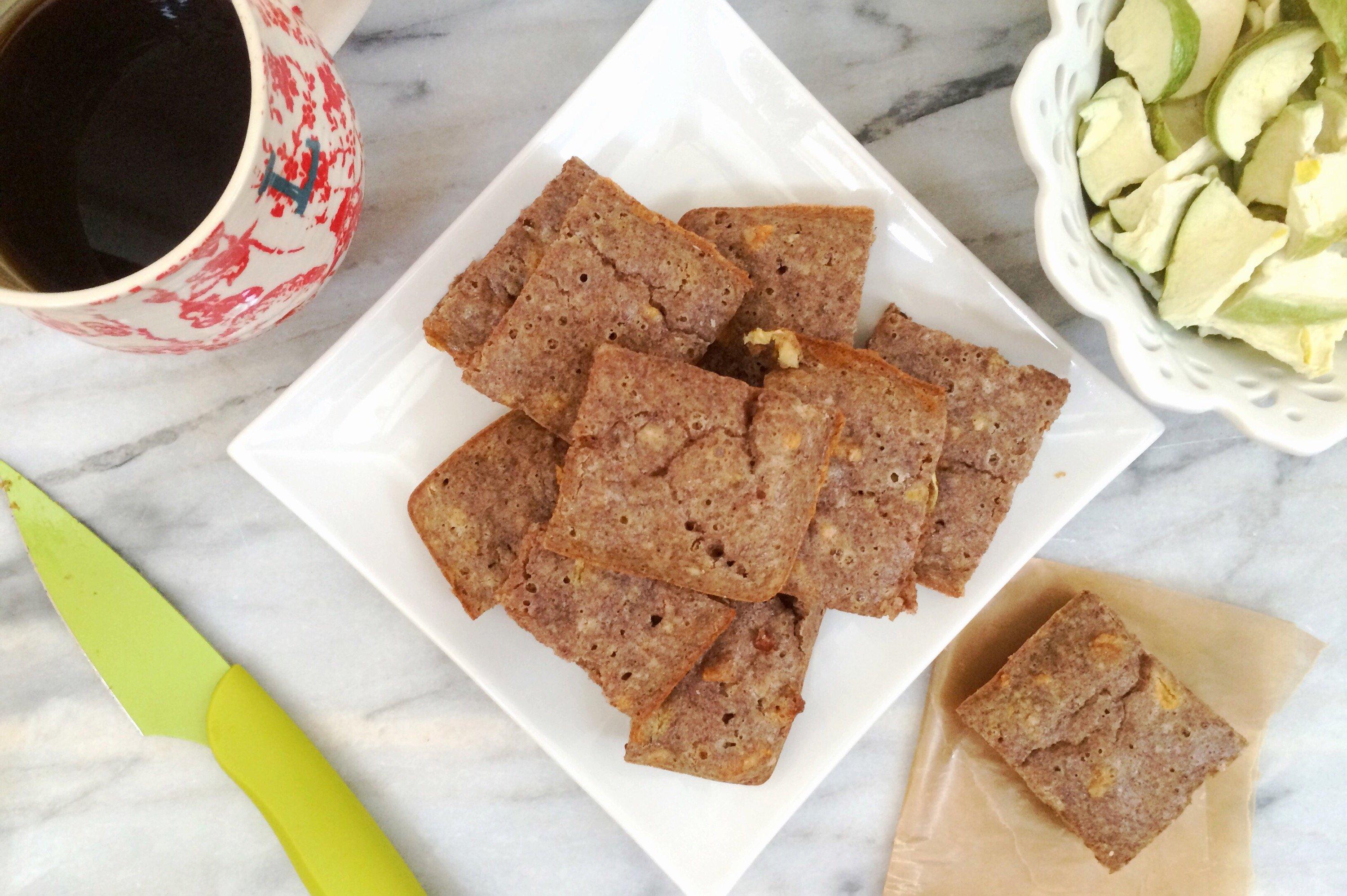 Low Carb Vegan Apple Cinnamon Breakfast Bars