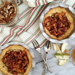 Mini Low Carb Apple Pie   delicious sweet, a perfect gluten free, low carb treat for the holidays!