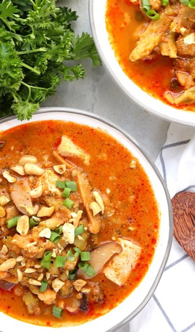 Low Carb Vegan Peanut Butter Red Curry Soup (gluten-free, instant pot recipe)