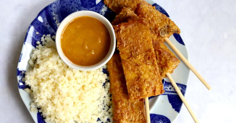 Vegan Keto Tempeh Satay With Peanut Sauce