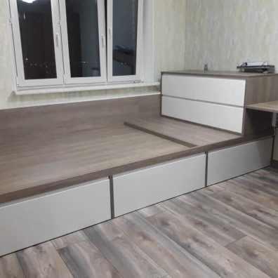 кровать подиум ЛДСП, эмаль матовая