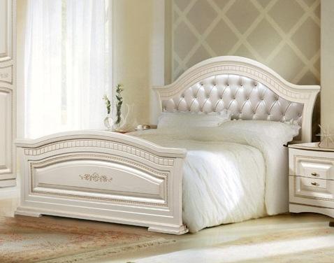 Кровать 1600*2000 с мягким изголовьем