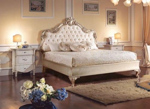 Кровать 160*200 с мягким изголовьем (отделка серебро)