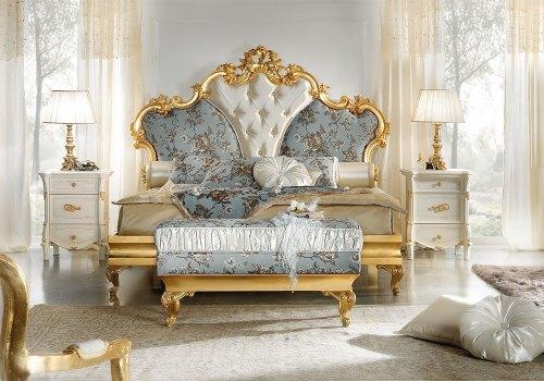 Кровать 180x200 с мягким изголовьем