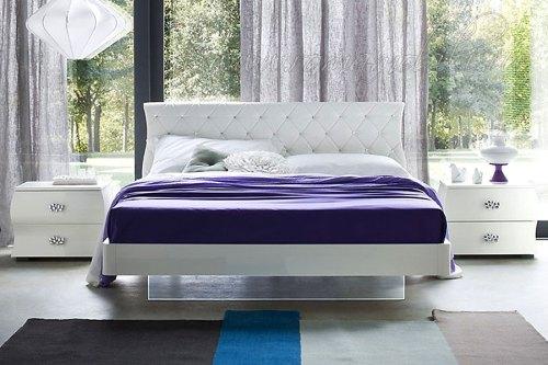 Кровать DIVA 160*195 со страз.
