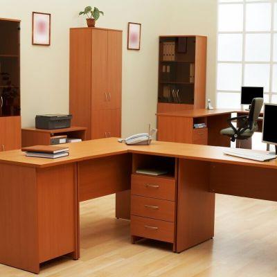 dobry stolarz do biura