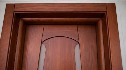 Доборы позволят закрыть недостатки дверного проема