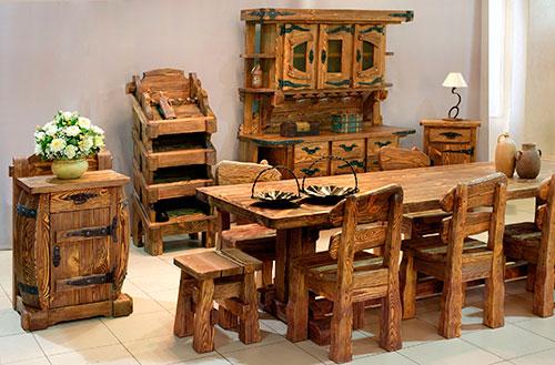 Комплект мебели полностью из древесного массива