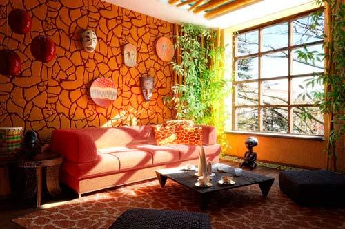Этно-стиль позволит превратить гостиную в те места, где вы бывали или хотели бы побывать