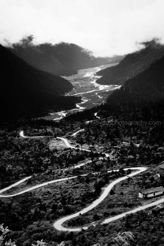 A ride through the Himalayan Clouds (5/6)