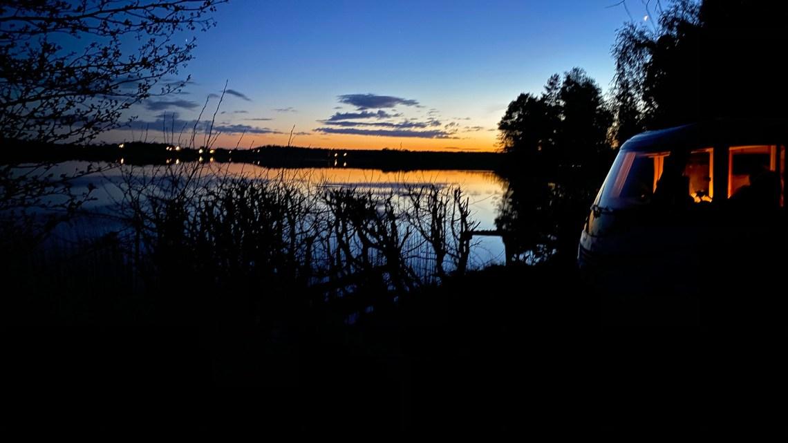 Vår kvällsutsikt vid sjön Klämmingen.