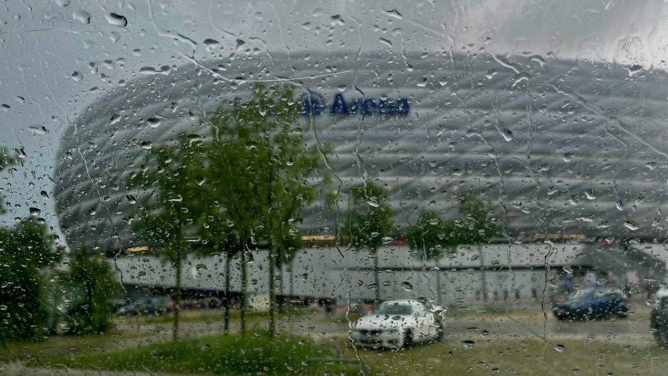 Det regnade rätt mycket vid Allianz Arena