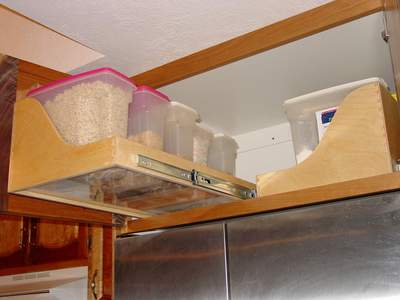 the best functional overhead fridge cabinet solutions | @meccinteriors | design bites