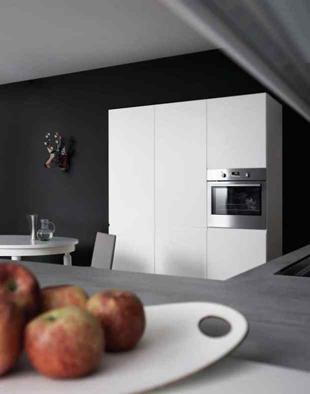 daydreaming about a show stopping modern kitchen | @meccinteriors | design bites