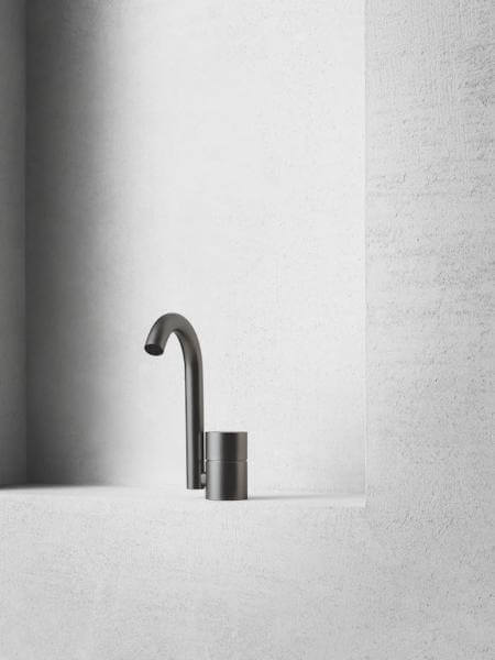 15 amazing new bathroom products from milan | @meccinteriors | design bites